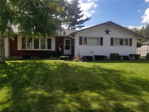 Photo of 2812 Iroquois Ct, Janesville, WI 53545 (MLS # 1893888)