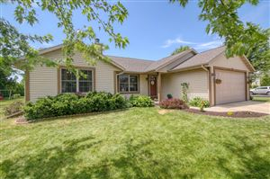 Photo of 1449 Mulberry St, Hartford, WI 53027 (MLS # 1647890)