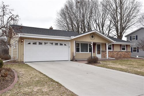Photo of 270 Green Valley Pl, West Bend, WI 53095 (MLS # 1681892)