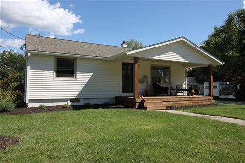 Photo of 229 S Dann St, Whitewater, WI 53190 (MLS # 1708892)