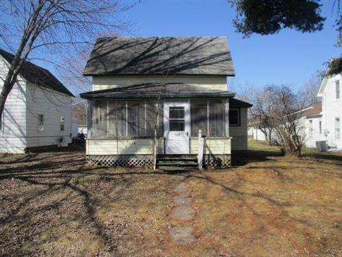 Photo of 311 S Woodworth St, Elmwood, WI 54740 (MLS # 5731892)