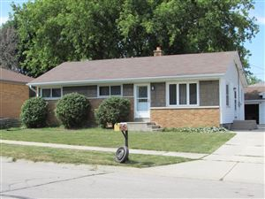 Photo of 706 Lakeview Ave, South Milwaukee, WI 53172 (MLS # 1651895)