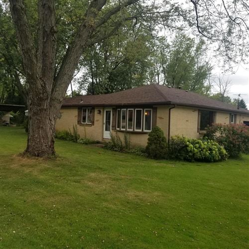 Photo of 505 Chapel Ave, Twin Lakes, WI 53181 (MLS # 1707895)