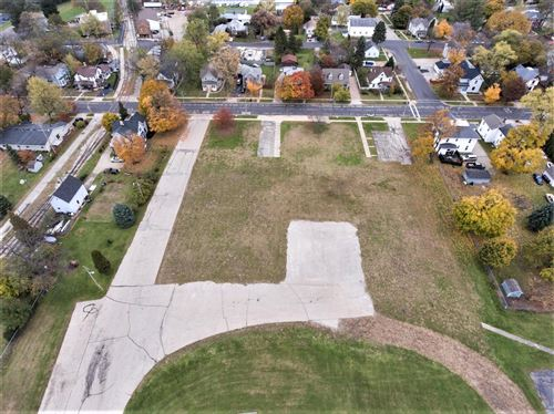 Photo of 2043 Division St, East Troy, WI 53120 (MLS # 1665896)