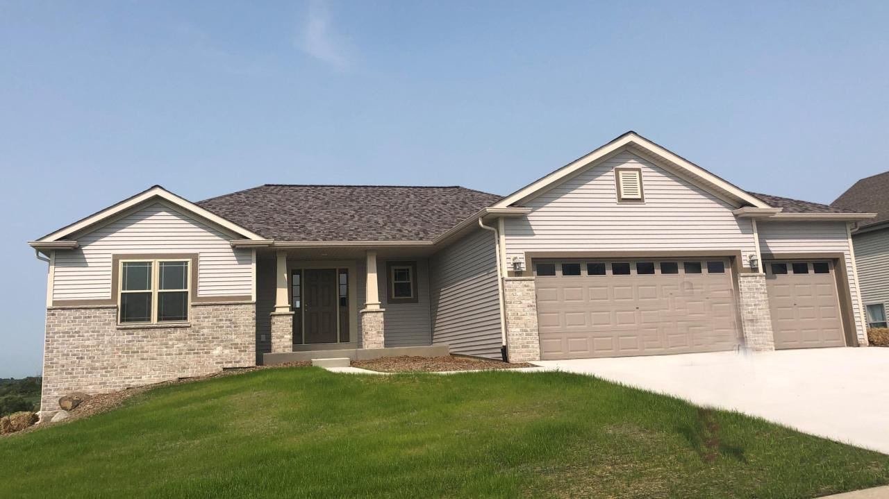 436 Champlain Dr, Johnson Creek, WI 53038 - MLS#: 1686896