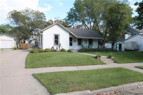 Photo of 412 N Chatham St, Janesville, WI 53548 (MLS # 1893900)