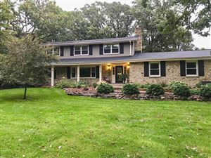 Photo of 222 Johns St, Delafield, WI 53018 (MLS # 1661901)