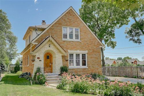 Photo of 628 N Milwaukee St, Port Washington, WI 53074 (MLS # 1705902)