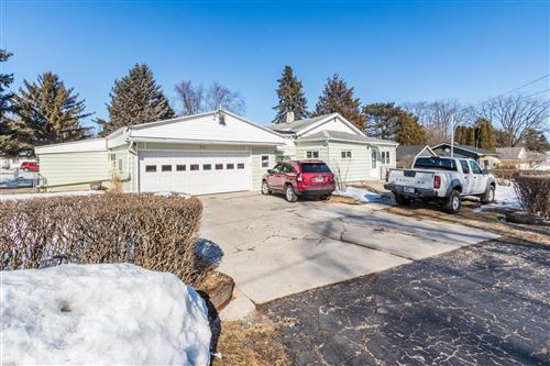 Photo of 532 Delavan Dr, Delavan, WI 53115 (MLS # 1677903)