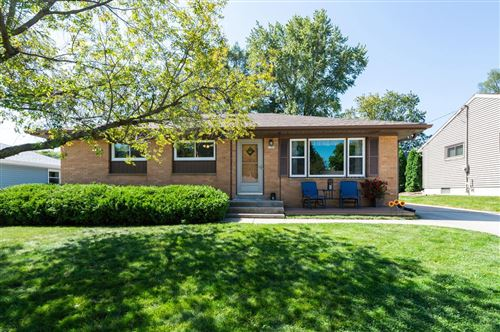 Photo of 1781 Spruce Ct, South Milwaukee, WI 53172 (MLS # 1705904)