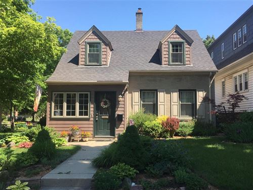 Photo of 1700 E Beverly Rd, Shorewood, WI 53211 (MLS # 1694910)