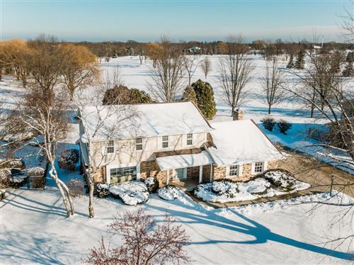 Photo of 11124 N Riverland Ct, Mequon, WI 53092 (MLS # 1674913)