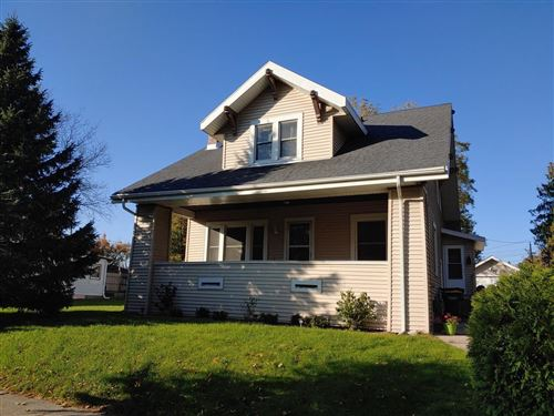 Photo of 408 Barrie St, Fort Atkinson, WI 53538 (MLS # 1665917)