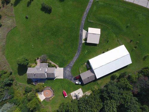 Photo of W344S3381 Moraine Hills Dr, Dousman, WI 53118 (MLS # 1730920)