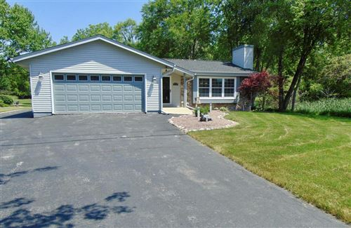 Photo of 3346 E Ryan RD, Oak Creek, WI 53154 (MLS # 1694921)