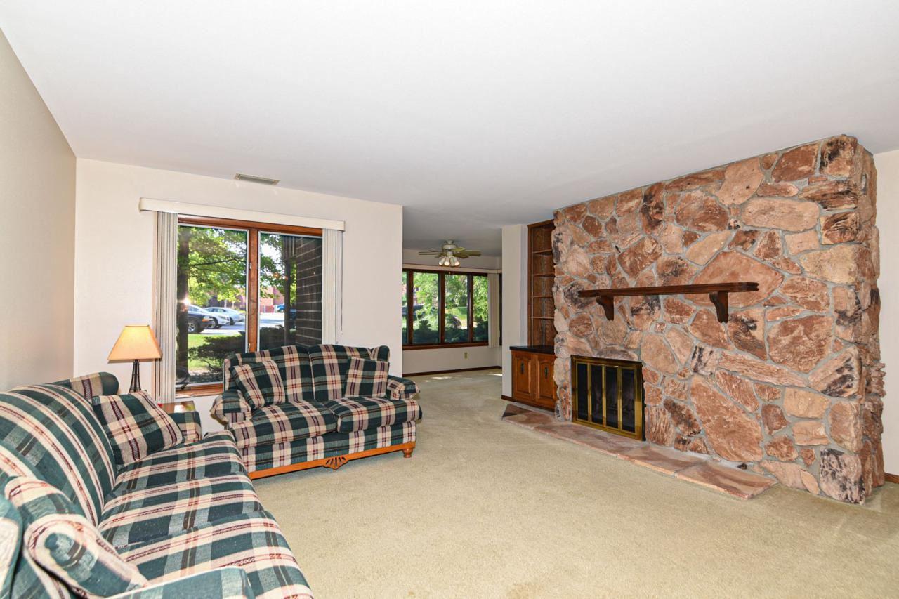 N85W15700 Ridge Rd #103, Menomonee Falls, WI 53051 - MLS#: 1696922