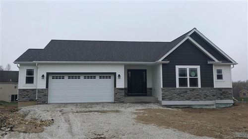 Photo of W1423 Valley View Ct, Ixonia, WI 53036 (MLS # 1656923)