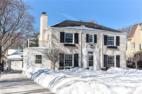 Photo of 659 N 77th St, Wauwatosa, WI 53213 (MLS # 1726924)