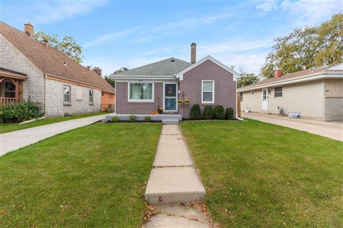 Photo of 2024 West Lawn Ave, Racine, WI 53405 (MLS # 1711925)