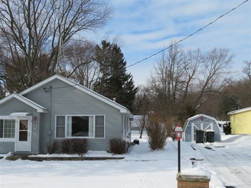 Photo of 619 Burlington Ave, Twin Lakes, WI 53181 (MLS # 1723925)