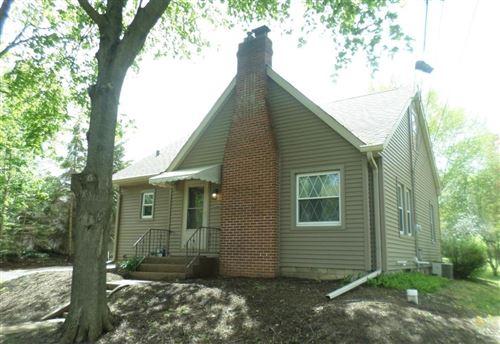 Photo of 9238 Cooper, Pleasant Prairie, WI 53158 (MLS # 1710931)