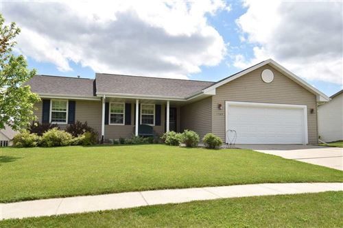 Photo of 1509 Agnes RD, Fort Atkinson, WI 53538 (MLS # 1884932)