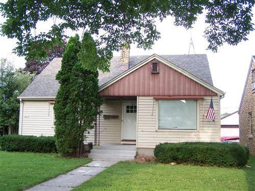 Photo of 1811 S 17th St, Sheboygan, WI 53081 (MLS # 1753933)