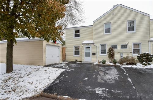 Photo of 5704 Clover Ln, Greendale, WI 53129 (MLS # 1667934)