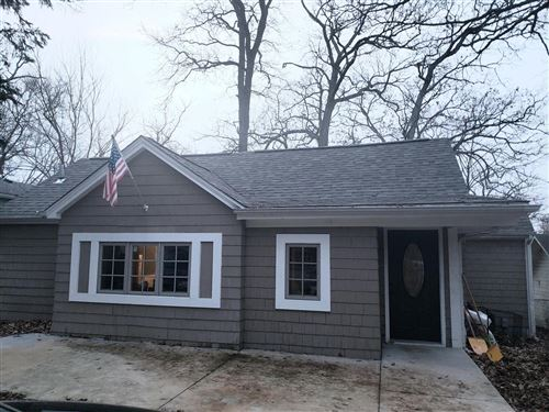 Photo of 801 Spruce St, Twin Lakes, WI 53181 (MLS # 1670935)