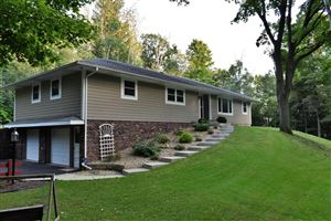 Photo of S46W22261 Tansdale Rd, Waukesha, WI 53189 (MLS # 1659936)