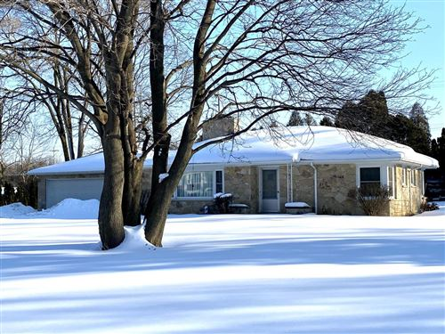 Photo of 14125 Ranch Rd, Brookfield, WI 53005 (MLS # 1727941)