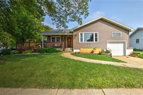 Photo of 112 W Division St, Dodgeville, WI 53533 (MLS # 1893942)