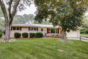 Photo of 348 Martin Ave, Twin Lakes, WI 53181 (MLS # 1643944)
