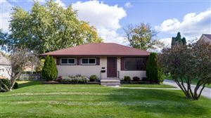 Photo of 408 East Ave, Hartford, WI 53027 (MLS # 1663947)