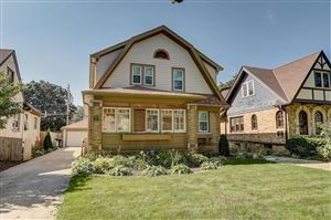 Photo of 2567 N 62nd St, Wauwatosa, WI 53213 (MLS # 1659951)