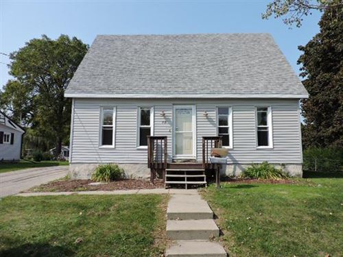 Photo of 715 Nelson St, Fort Atkinson, WI 53538 (MLS # 1710951)