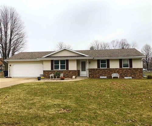 Photo of 223 Yorkshire Ln, Janesville, WI 53545 (MLS # 1879951)