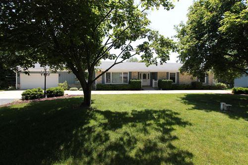 Photo of 7401 Pleasant Rd, Waterford, WI 53185 (MLS # 1696952)