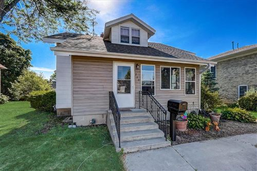Photo of 220 N West Ave, Jefferson, WI 53549 (MLS # 1746953)