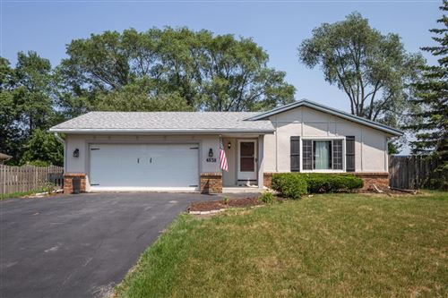 Photo of 4638 S 109th St, Greenfield, WI 53228 (MLS # 1753955)