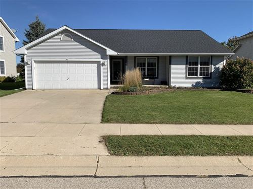 Photo of 417 Settlement Rd, Hartford, WI 53027 (MLS # 1663956)