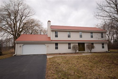Photo of 11603 N Lake Shore Dr, Mequon, WI 53092 (MLS # 1680956)