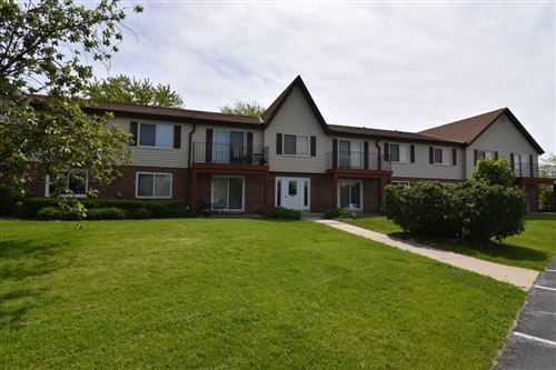 Photo of 10620 N Ivy Ct  30, Mequon, WI 53092 (MLS # 1691956)
