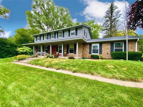 Photo of 1315 Pineview Ct, Brookfield, WI 53045 (MLS # 1752959)