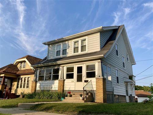 Photo of 1722 S 57th St, West Allis, WI 53214 (MLS # 1753965)