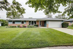 Photo of 5452 Lory Dr, Greendale, WI 53129 (MLS # 1643967)