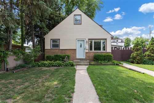 Photo of 407 Michigan Ave, South Milwaukee, WI 53172 (MLS # 1748968)
