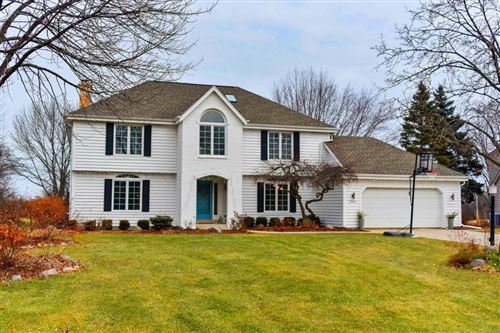 Photo of 3704 W Marseilles Dr, Mequon, WI 53092 (MLS # 1670971)