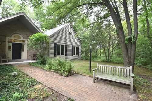 Photo of W316S575 Christopher Way, Delafield, WI 53018 (MLS # 1751974)
