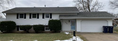 Photo of 2532 Wesley Ave, Janesville, WI 53545 (MLS # 1874975)